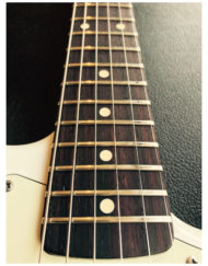 Schecter_Traditional_Wembley_Edition